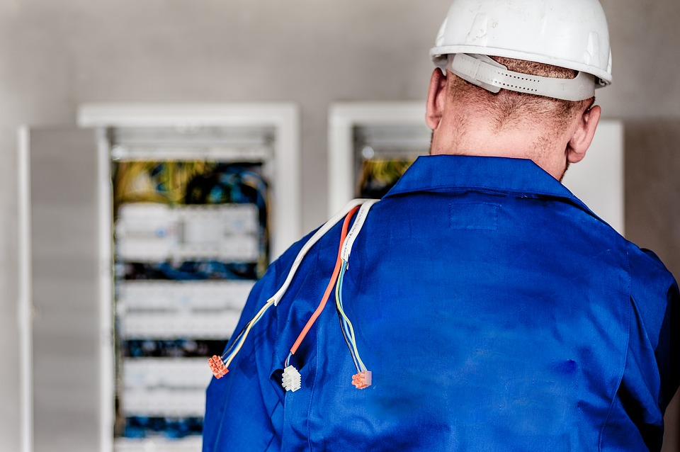 Emergency electricians North London